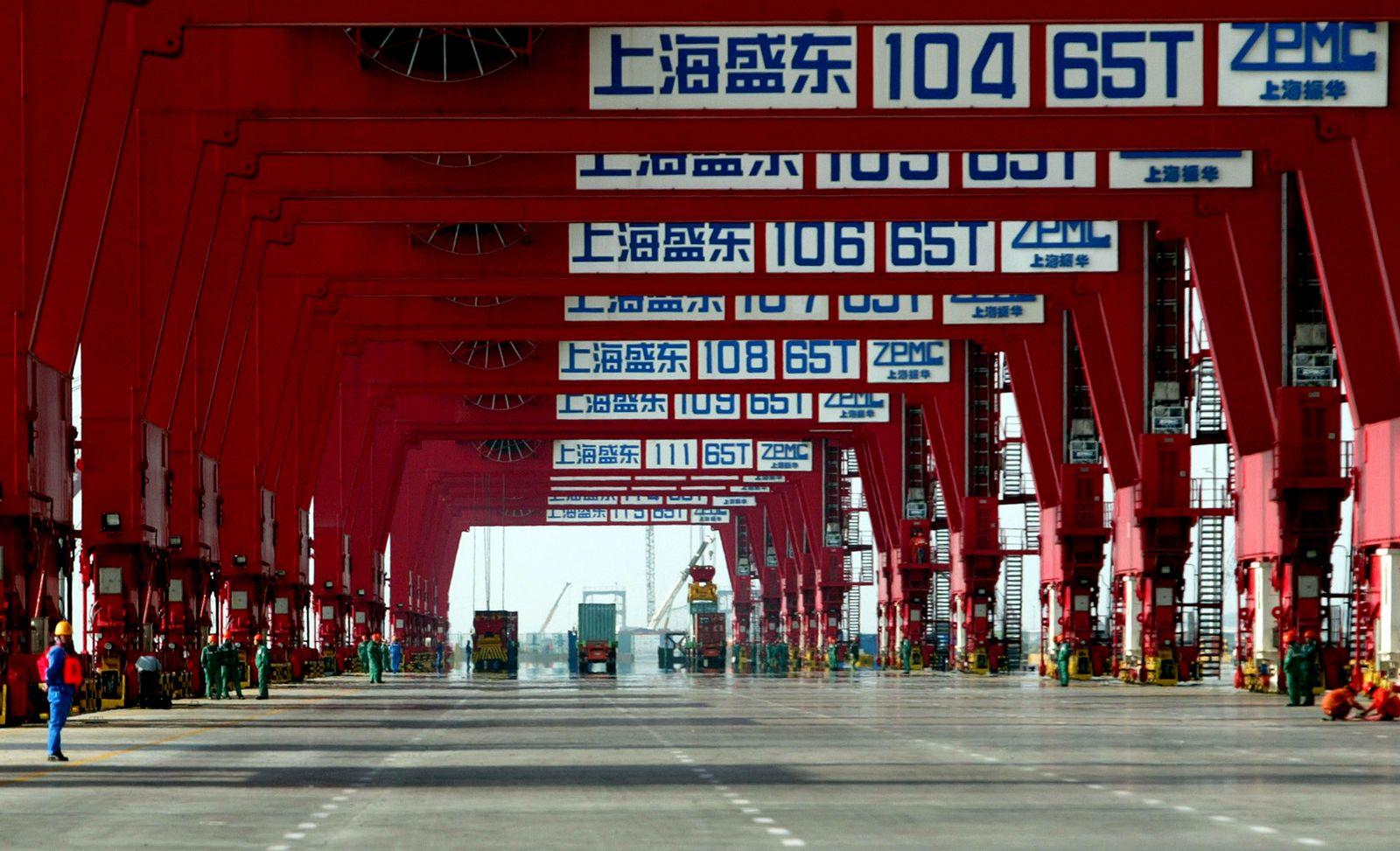 Shanghai Hafen / Yangshan container port