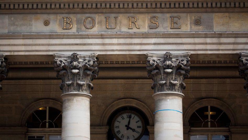 Börse in Paris: Mindestens 15 Tage lang dürfen elf französische Banken und Versicherungen keine Leerverkäufe mehr durchführen