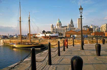 Stadt am Fluss: Liverpool wird nicht zuletzt durch das Albert Dock am Mersey River geprägt