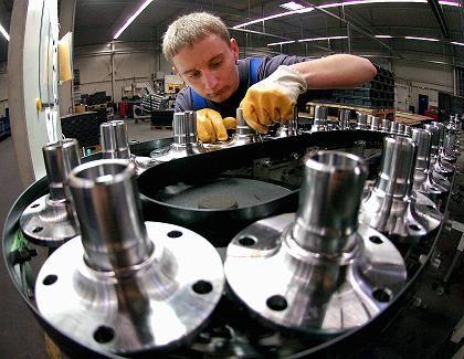 Neue Werkbank: Gut die Hälfte aller gewerblichen Investitionen in bewegliche Güter werden durch Leasing finanziert