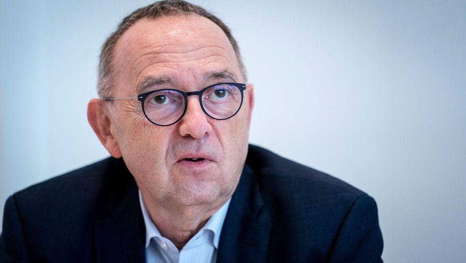 Norbert Walter-Borjans (Archiv): Deckelung der Einkommen und Kapitaleinkünfte auf den Prüfstand