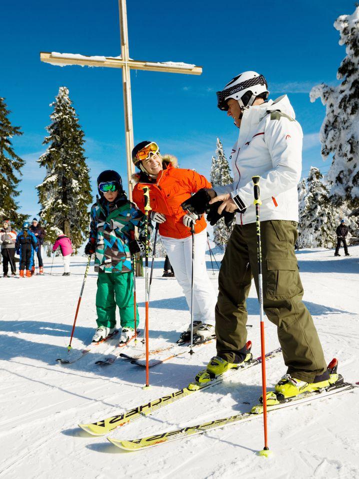 Unterwegs am Almberg: Im Skigebiet Mitterdorf haben Wintersportler acht Abfahrten zur Auswahl.