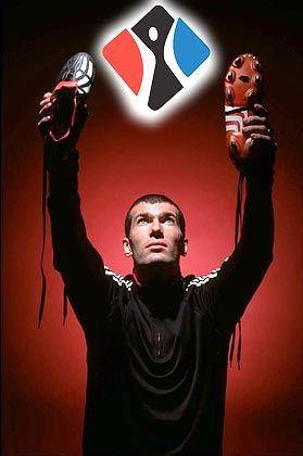 Weltfußballer des Jahres 2003: Der Franzose Zinedine Zidane wirbt für Adidas