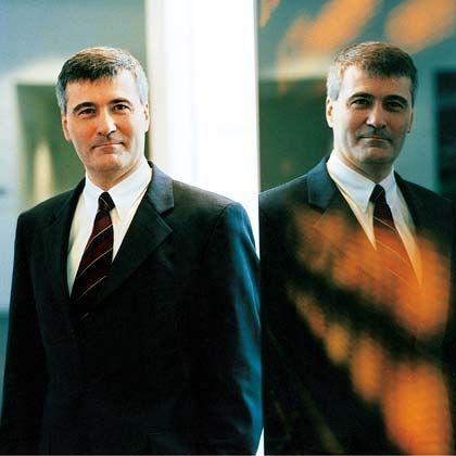 Rechnet mit dem spitzen Stift: Fujitsu-Siemens-Chef von Hammerstein