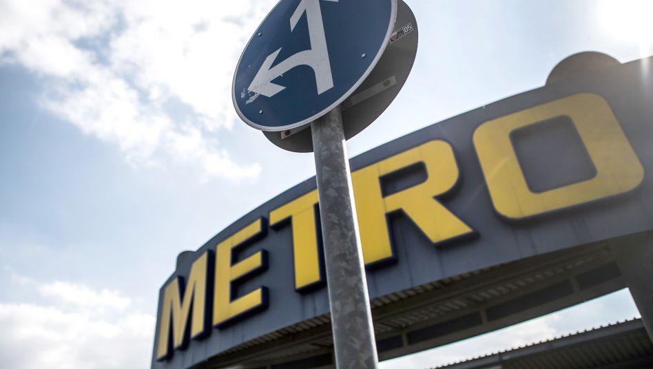 Umkämpfter Konzern: Der Tscheche Křetínský ringt bei der Metro um die Macht