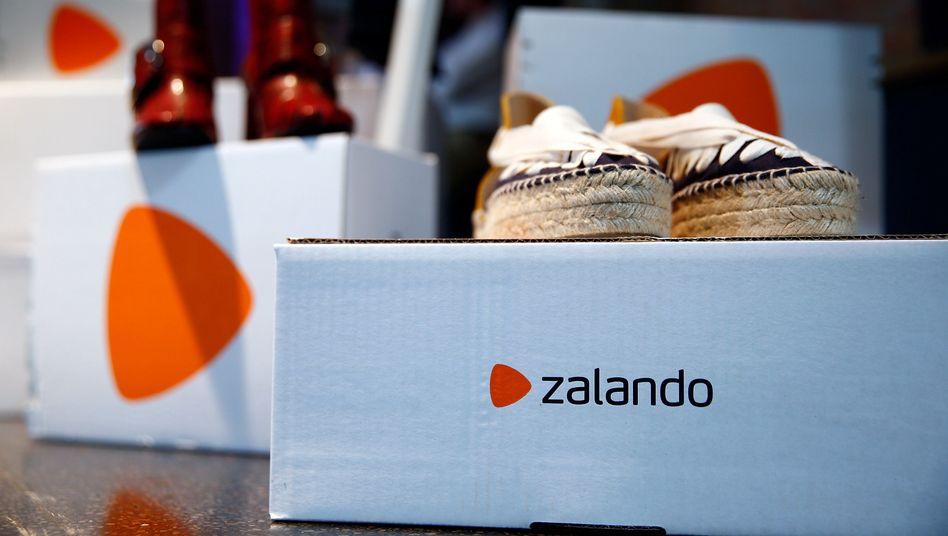 Zalando-Pakete: Der Onlinehändler hatte ebenfalls kürzlich seine Prognose gesenkt - war bisher für das vierte Quartal aber noch optimistisch