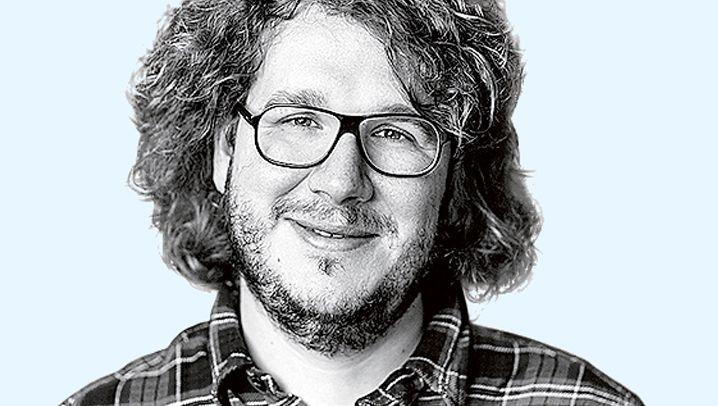Christoph Bornschein ist Gesicht und Geschäftsführer von Torben, Lucie und die gelbe Gefahr. Die Berliner Agentur berät Unternehmen wie Eon oder Lufthansa bei der digitalen Transformation. Twitter: @Playrough