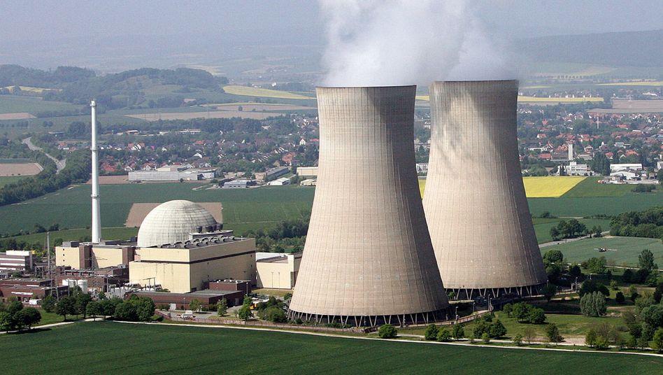 Eon-Kraftwerk in Grohnde: Der Konzern will den Streit über den Atomausstieg vor Gericht austragen