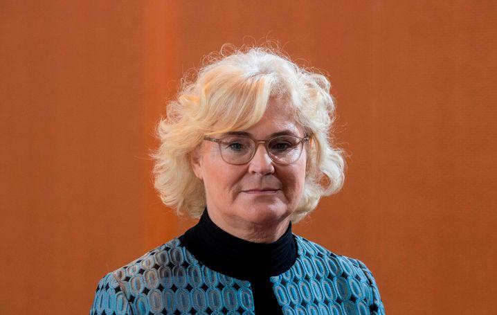 Justizministerin Christine Lambrecht will bis September Insolvenzantragspflicht aussetzen