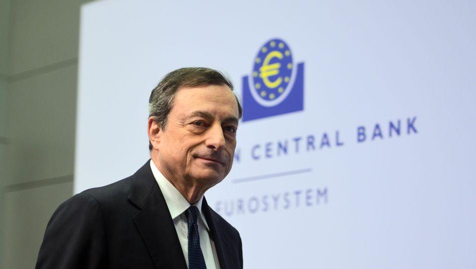 """EZB-Chef Draghi: """"Die Zinsen sind seit langem sehr, sehr niedrig - und das wird wahrscheinlich noch eine Zeit so bleiben"""""""