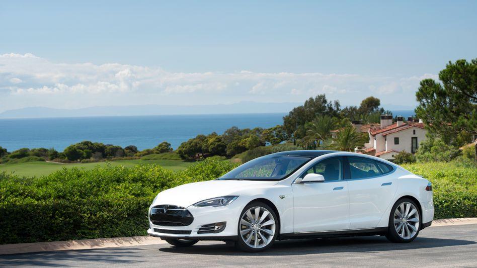 Model S: Führungskräfte trauen dem Elektropionier Tesla zu, sich künftig zu behaupten