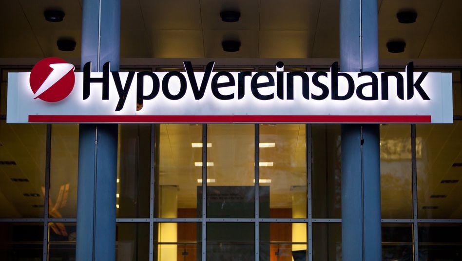 Hypovereinbank: Die italienische Mutter Unicredit braucht dringend frisches Geld. Der neue Chef Jean-Pierre Mustier spricht von Verkäufen - und stärkt Spekulationen um einen baldigen Börsengang der HVB