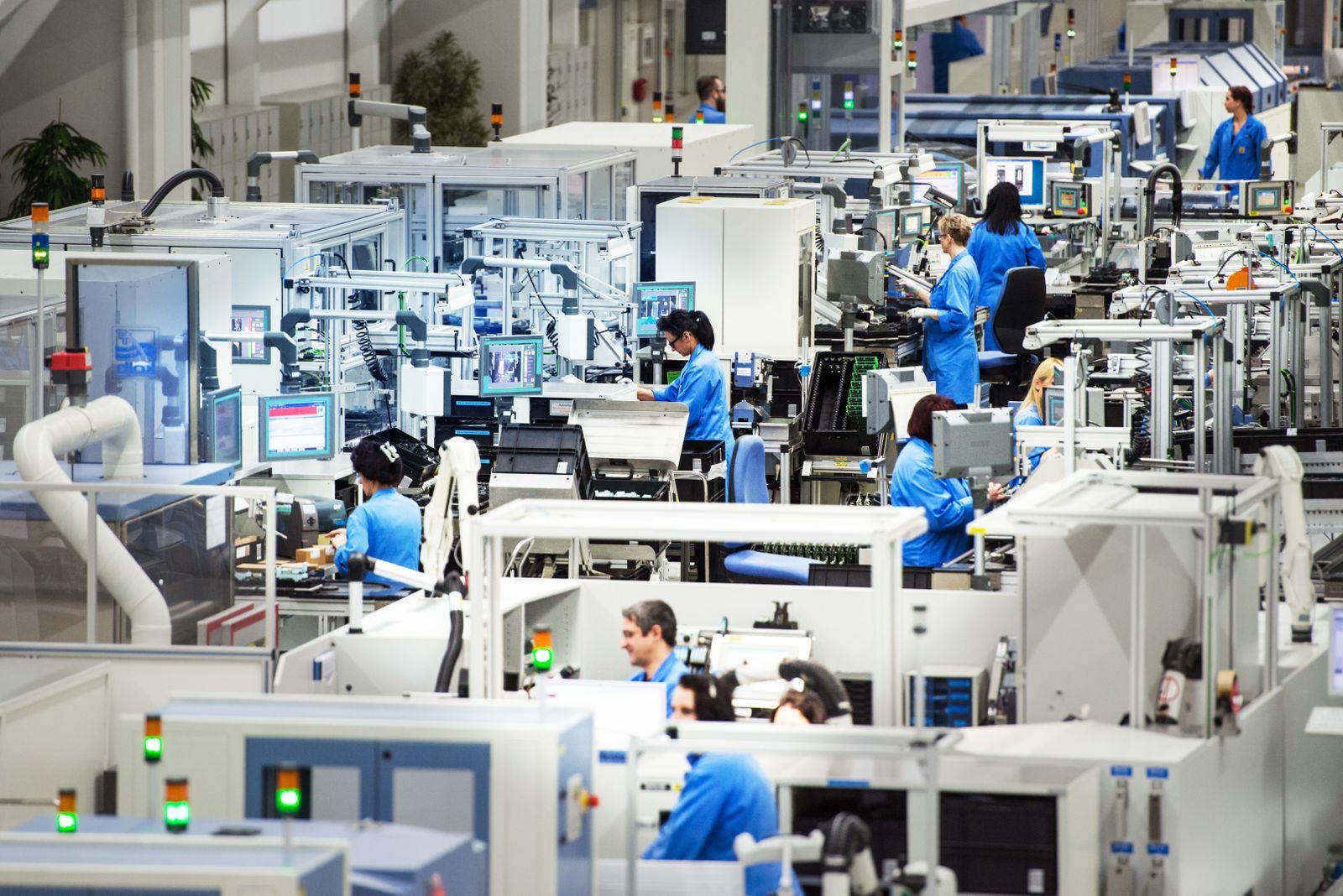 Deutschland / Konjunktur / Siemens-Werk in Amberg