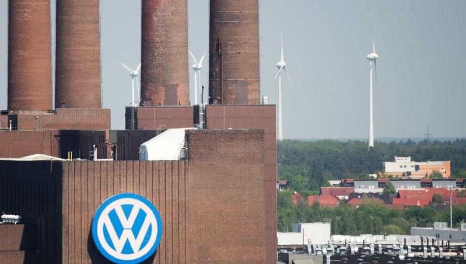"""VW-Werk in Wolfsburg: """"Bayern muss VW verklagen"""", sagt Finanzminister Markus Söder"""