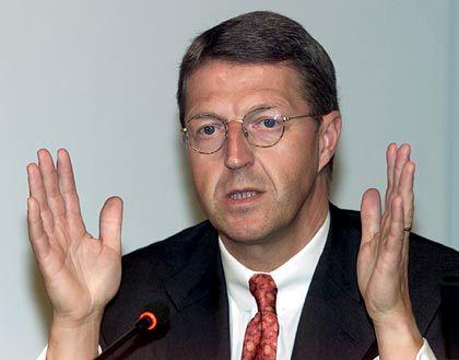 Abkassiert: Eckhard Cordes, DaimlerChrysler-Vorstand auf Abruf, vergoldete Aktienoptionen zum richtigen Zeitpunkt und erzielte damit unter dem Strich eine Million Euro Gewinn