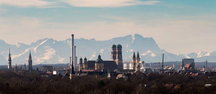 Bayern ruft Katastrophenfall aus und stellt Milliarden Hilfsprogramm für die bayerische Wirtschaft zur Verfügung
