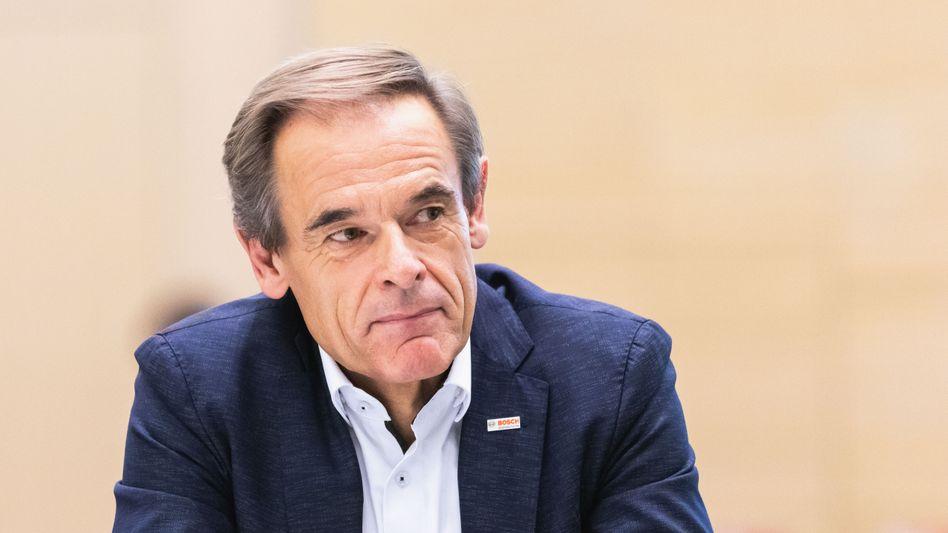 Überstunde: Bosch-ChefVolkmar Dennersucht die Ausfahrt