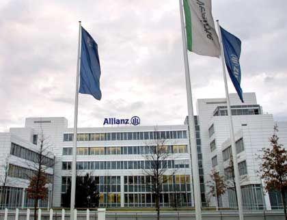 Allianz-Zentrale in München: Der Gesamtmarktführer liegt auch bei der Riester-Rente vorn, ist aber unzufrieden