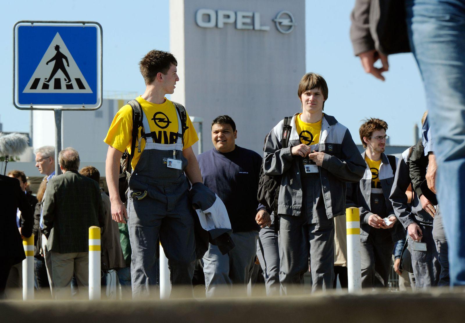 NICHT VERWENDEN Opel / Ruesselsheim / Mitarbeiter / GM