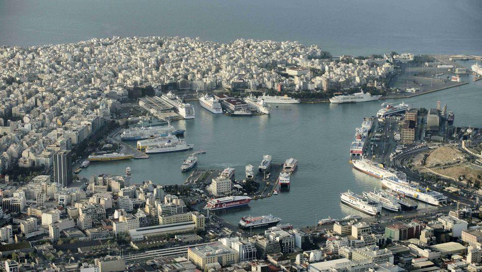 Hafen von Piraeus: Die meisten Privatyachten haben Richtung Ausland abgelegt