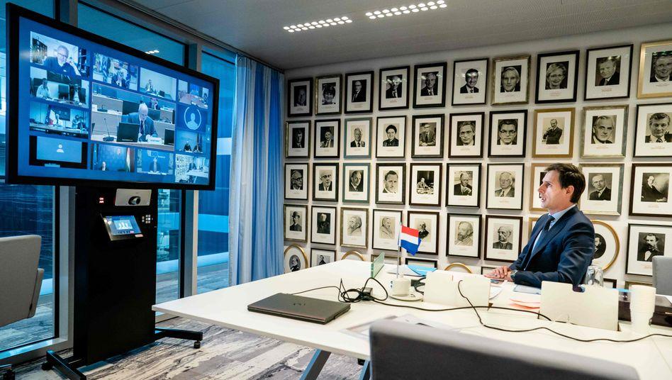 Der niederländische Finanzminister Wopke Hoekstra während der Videokonferenz