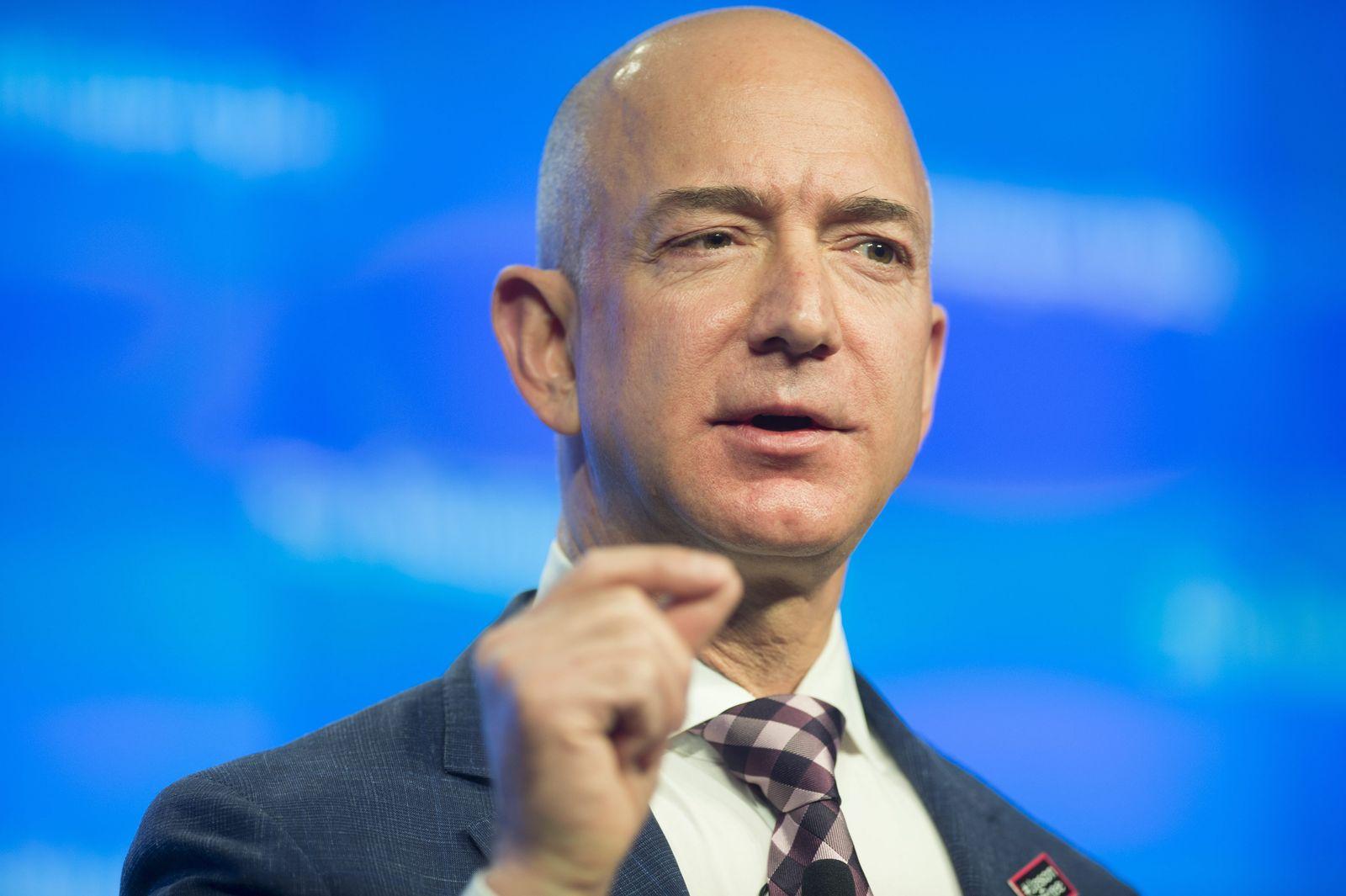 Jeff Bezos/ Amazon