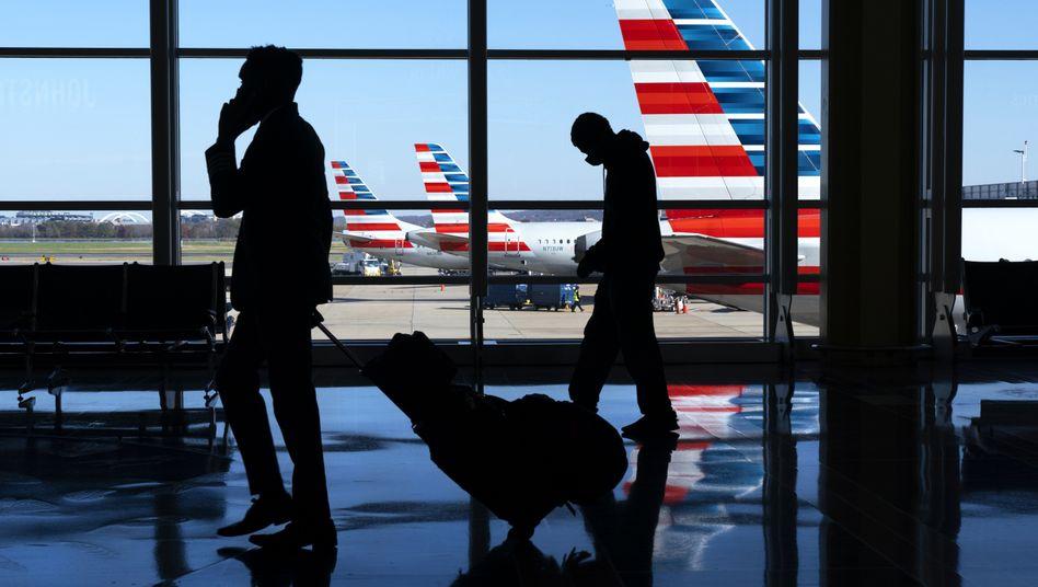 Flughafen in Washington: Schon bald dürften vollständig geimpfte Touristen aus den USA wieder nach Europa reisen