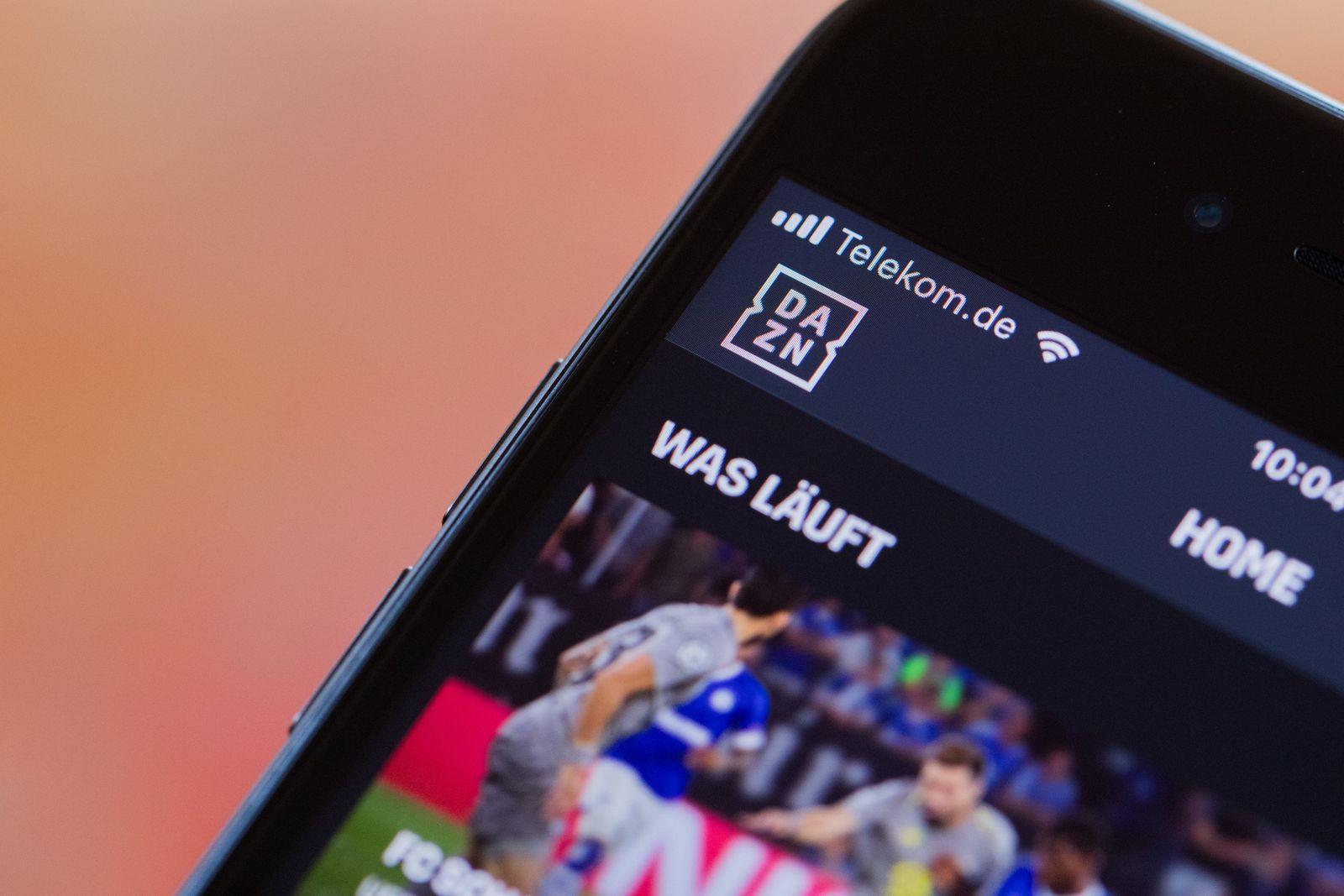 Kein Bundesliga-Blackout:DAZNzeigt weiter Spiele