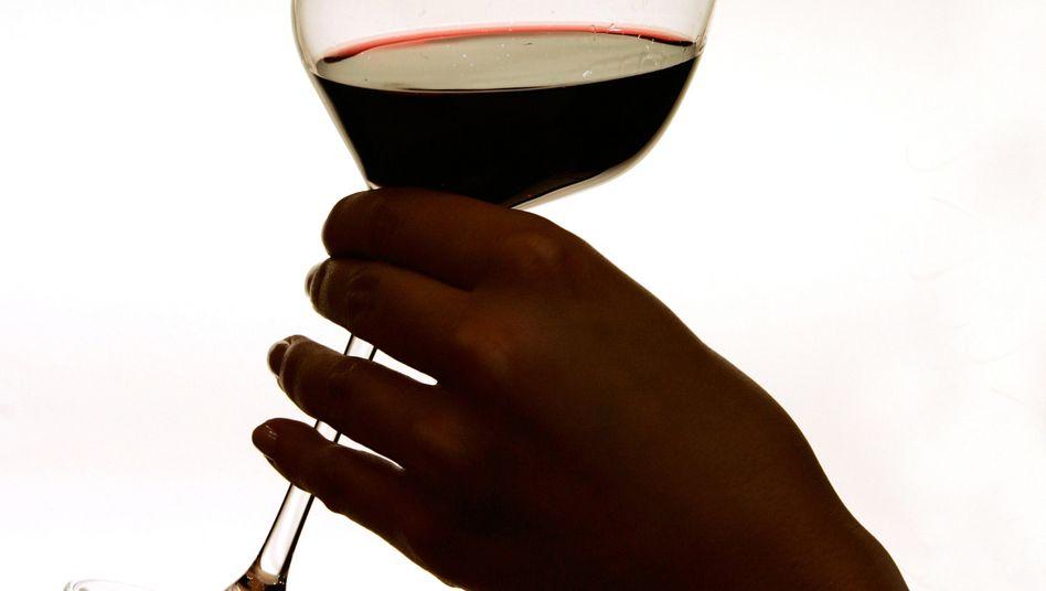 Zahlen, bitte: Etliche Weingüter lassen sich Verkostungen mittlerweile vergüten