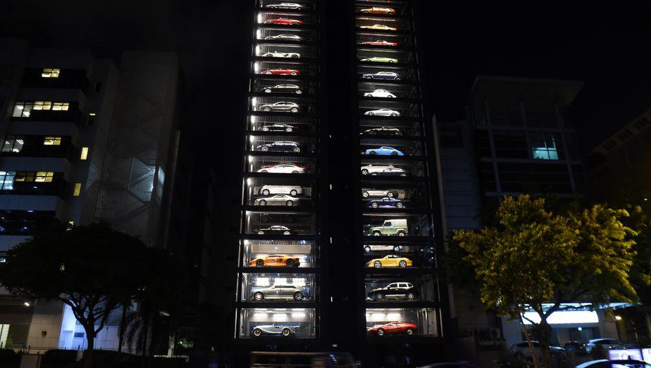 Luxusauto-Automat in Singapur: Ein mögliches Vorbild für Alibabas angekündigte Auto-Verkaufskästen