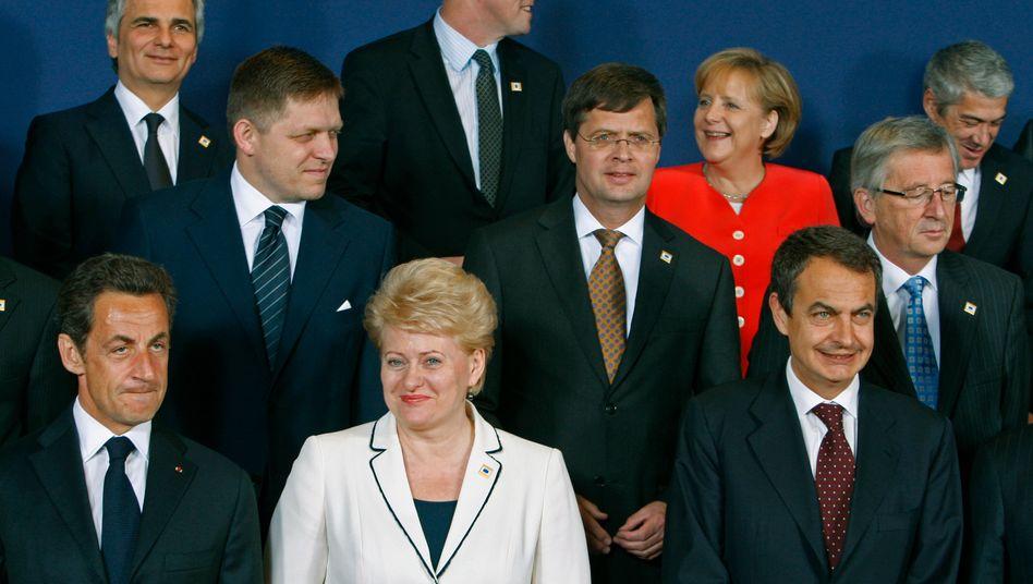Gipfel mit Farbtupfer: Eine Maßnahme wie das 750-Milliarden-Euro-Stützungspaket für den Euro soll künftig nicht noch einmal nötig werden