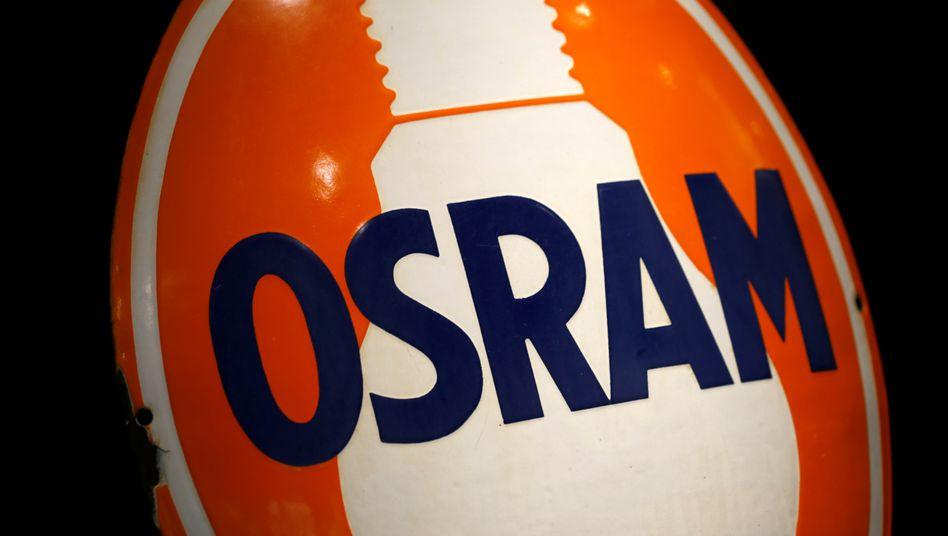 Klassische Glühbirnen wie hier auf dem Logo abgebildet spielen beim Lichtkonzern Osram kaum noch eine Rolle. So interessiert sich Bieter AMS vor allem für das Autozuliefer- und das Photonik-Geschäft von Osram.