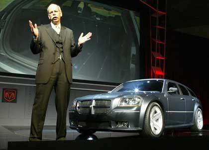 Muskelspiel mit Dodge Magnum: Bis 2012 soll Chrysler eine Million mehr Autos verkaufen