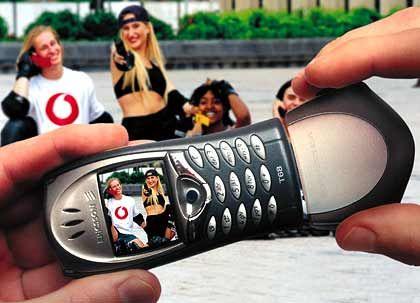 Mobile Allzweckwaffe: Der YMCA warnt vor Spanner-Schnappschüssen