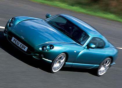 Der TVR Cerbera, angeblich schnellstes Serienauto der Welt: 800 PS (596 kW), 1020 Kilo, von Null auf 100 in drei Sekunden, Spitzengeschwindigkeit über 400 km/h