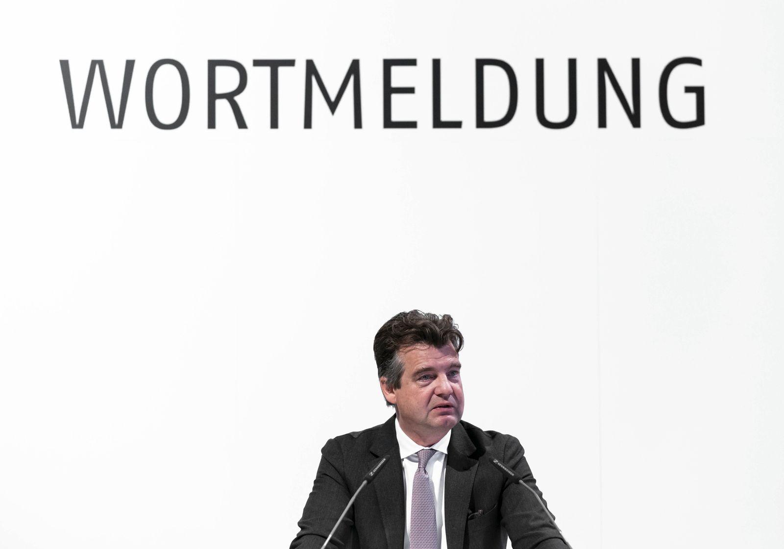 Marc T¸ngler Hauptgesch?ftsf¸hrer der DSW bei seinem Wortbeitrag K?ln Messe K?ln NRW Deutschland ***