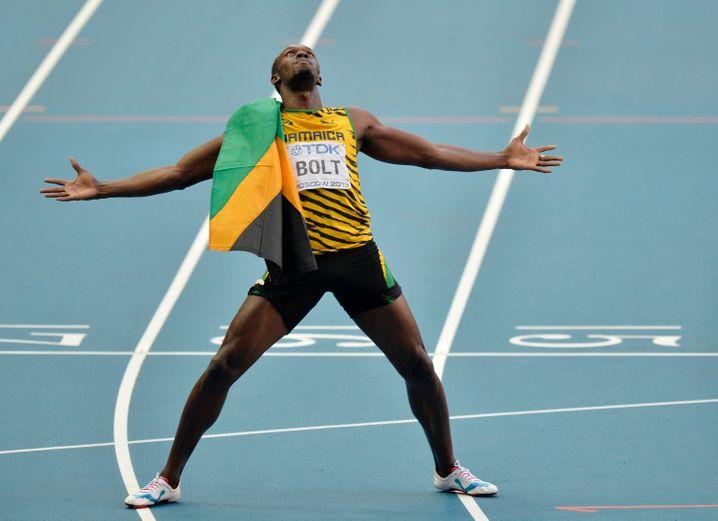 König der Tartanbahn: Rekordläufer Usain Bolt in Siegerpose. So möchten sich gerne viele Läufer fühlen.
