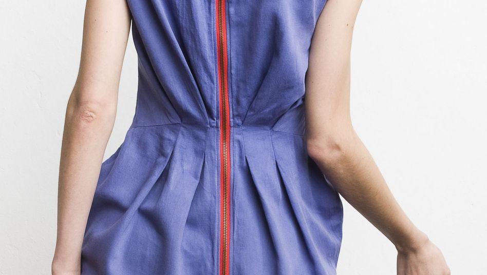 Secondhand ist in: Kleid aus der Kollektion des Weimarer Labels Vilde Svaner