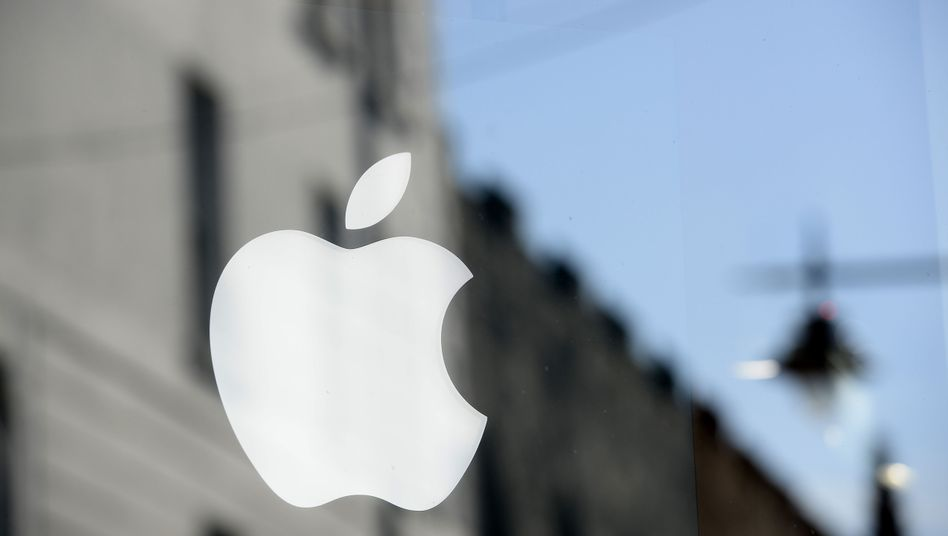 "Pushing ""tax optimization"" to the Limit: Apple and other multinational companies run away from responsibility toward societies out of which they extract their huge profits"