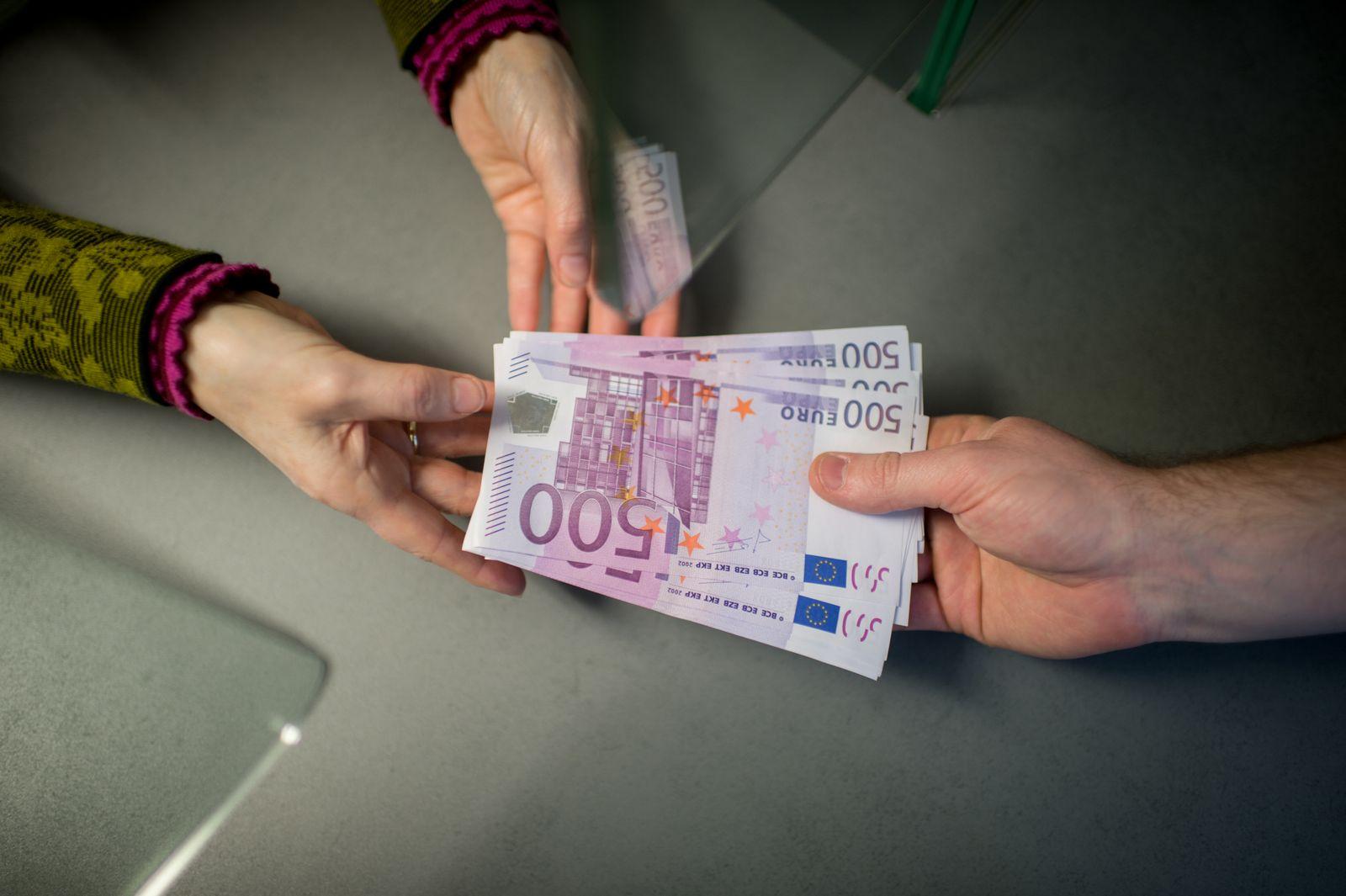 Bargeldlimit / Euroscheine / Bezahlen