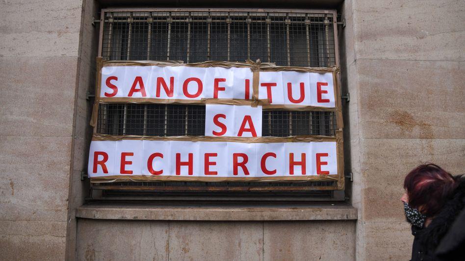 Rückfall: Protest gegen Stellenabbau in der Forschungsabteilung von Sanofi am Wochenende in Paris