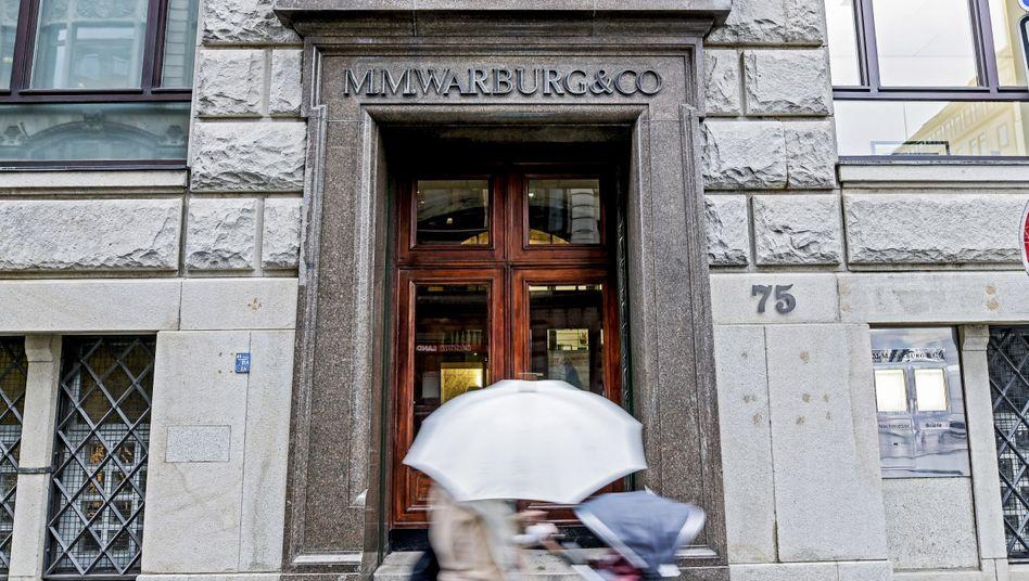 Privatbank M.M. Warburg: Die Bank soll rund 176 Millionen Euro zahlen