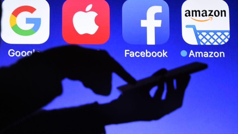 Mitten in der Corona-Pandemie: Tech-Konzerne profitieren vom veränderten Verhalten der Nutzer und Werbekunden
