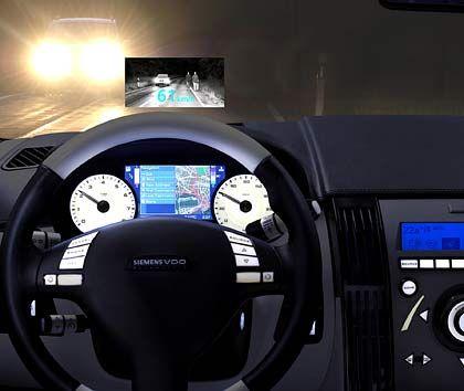 Nachsichtgerät: Die neue Technik von Siemens VDO erkennt Fußgänger auch bei Dunkelheit