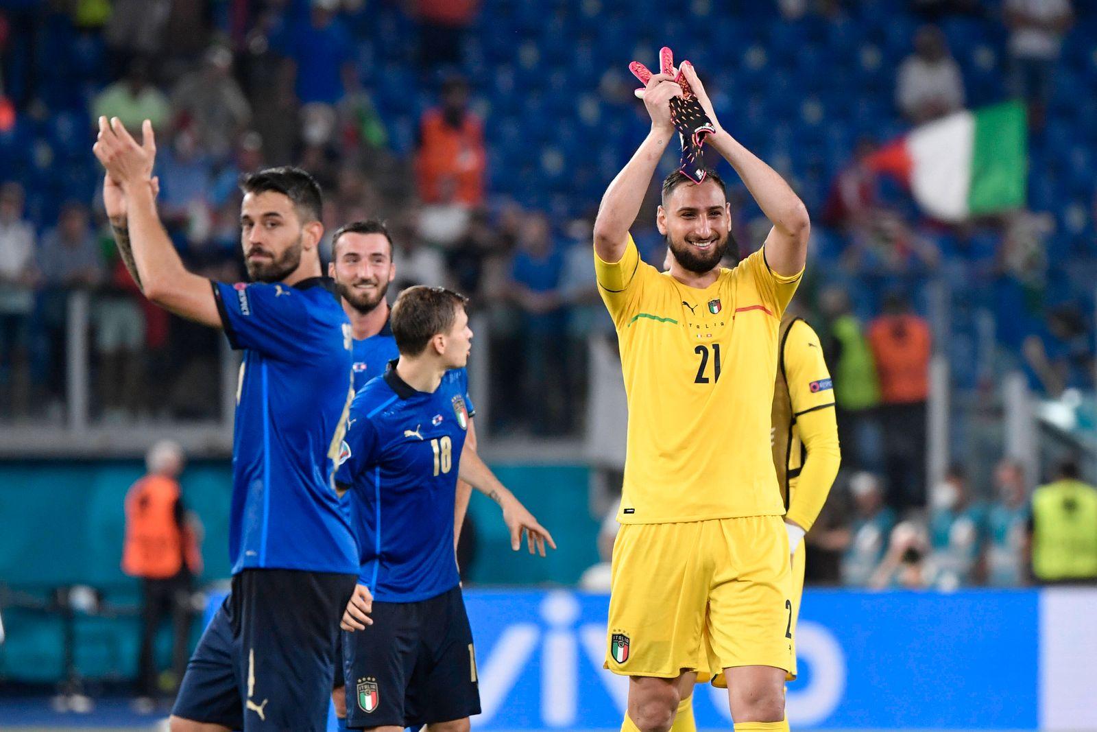 Gianluigi Donnarumma of Italy celebrates after victory the UEFA EURO, EM, Europameisterschaft,Fussball 2020 Group stage