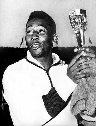 Das war vor Jahren: Pelé als strahlender Sieger auf der Fußball-WM 1962 Chile