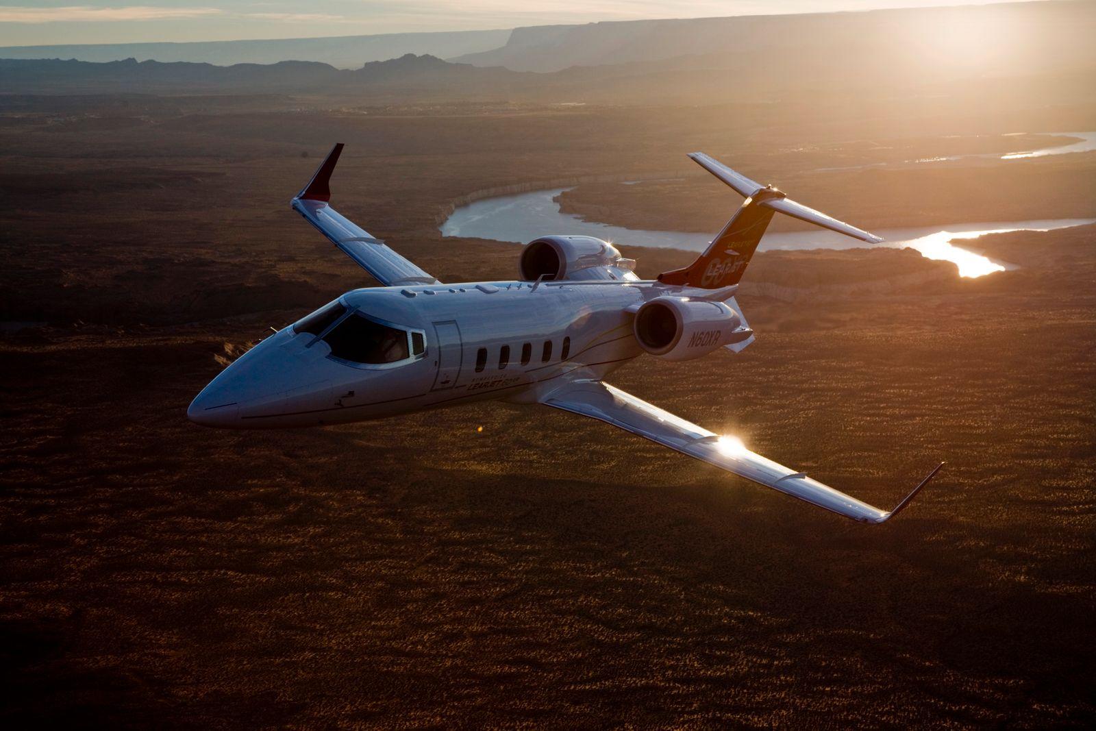 Bombardier Aerospace / Learjet 60 XR