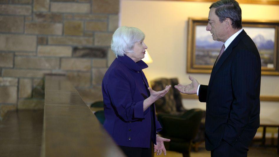 Fed-Chefin Janet Yellen, EZB-Chef Mario Draghi: Warum sind Notenbanken unabhängig?