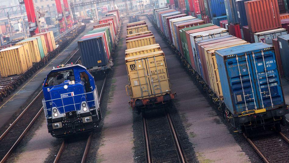 Exporte und privater Verbrauch gehen zurück