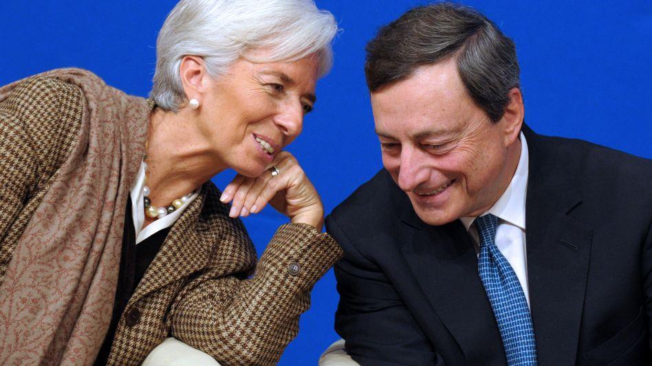 EZB-Chef Draghi, Nachfolgerin Lagarde: Die Unabhängigkeit ist in Gefahr, sollten hochverschuldete Staaten willfährige Kandidaten in den EZB-Rat entsenden